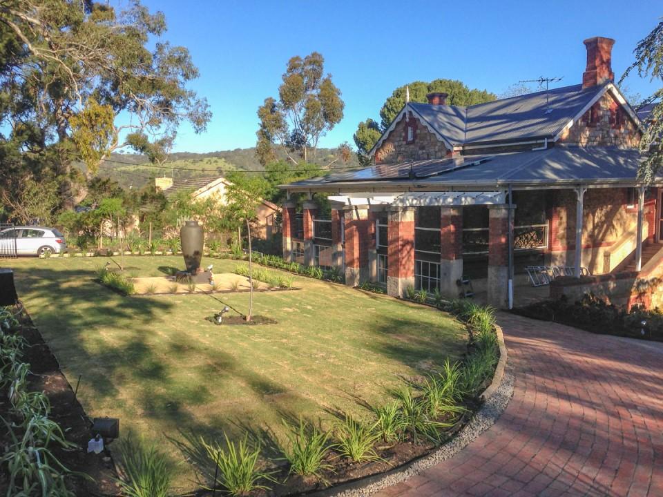 modern garden adelaide