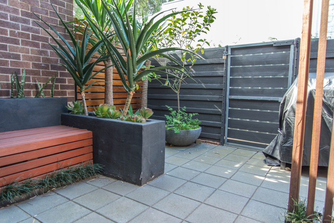 Private & Functional Courtyards Adelaide | Garden Design ...
