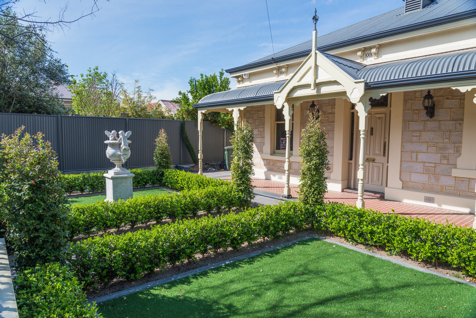 Formal front garden adelaide garden design solutions for Garden design solutions